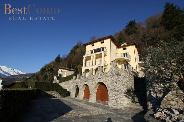 7 bed detached house for sale in Domaso, Lake Como, Lombardy, Italy