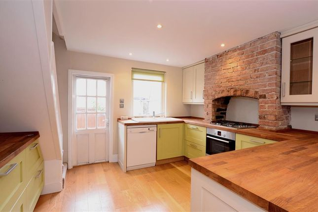 2 bed terraced house for sale in Abinger Place, Lewes, East Sussex