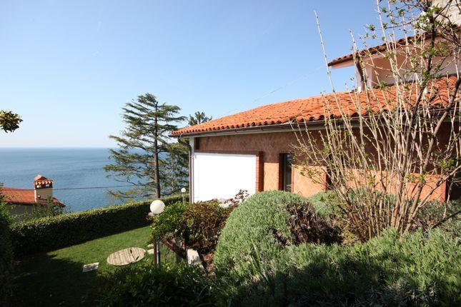 Thumbnail Villa for sale in Strada Costiera, Trieste, Friuli Venezia Giulia