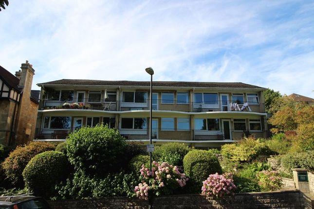 2 bed flat to rent in Lansdown Grove Court, Bath