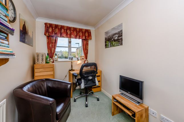 Office of Mallow Crescent, Guildford GU4