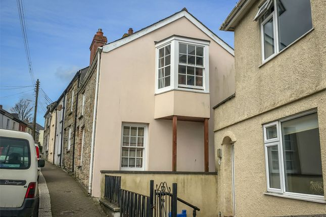 4 bed semi-detached house to rent in Helston Road, Penryn TR10