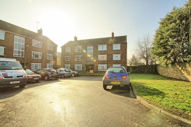 Thumbnail Flat to rent in Quaker Road, Ware