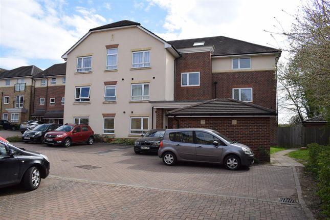 Flat for sale in Dalmeny Way, Epsom
