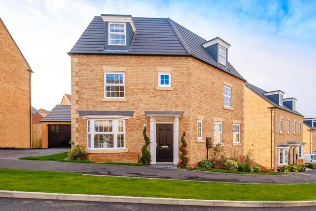"Thumbnail Detached house for sale in ""Kingfisher"" at Popes Piece, Burford Road, Witney"
