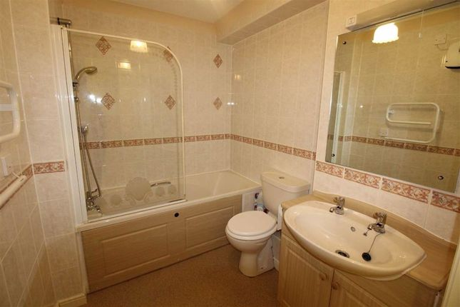 Bathroom of Clachnaharry Road, Inverness IV3
