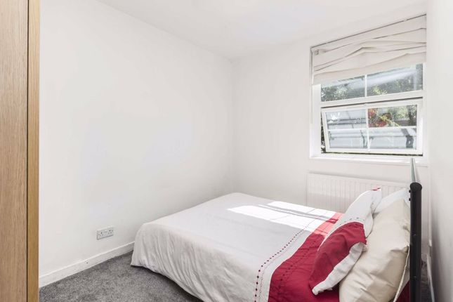 Flat for sale in York Road, London