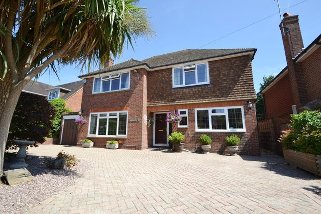 Photo 1 of Third Avenue, Charmandean, Worthing, West Sussex BN14