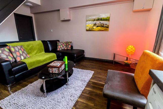 Thumbnail Property to rent in North Lane, Headingley, Leeds