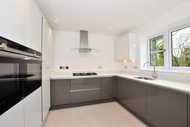 Thumbnail Detached house for sale in Town Hill, West Malling, Kent