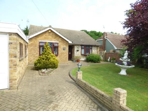 Thumbnail Bungalow for sale in Wavertree Road, Benfleet