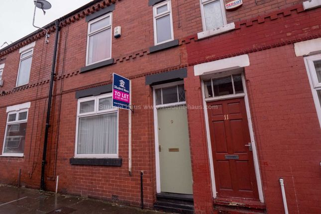 Thumbnail Property to rent in Mere Avenue, Salford