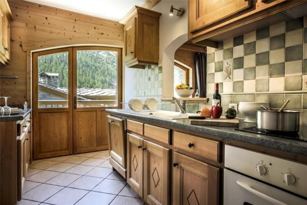 Picture No. 09 of Chalet Lo Suel, Val D'isere, France