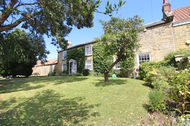 Thumbnail Property for sale in Scalby Road, Scarborough