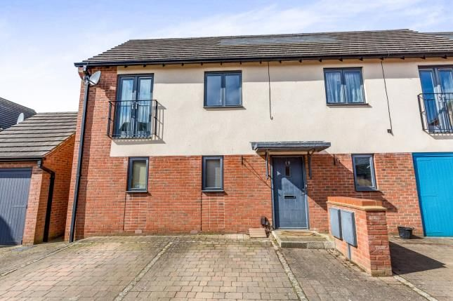 Thumbnail Maisonette for sale in Barring Street, Upton, Northampton, Northamptonshire