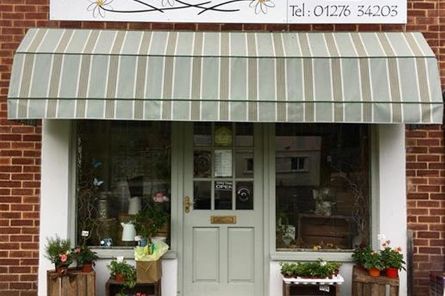 Thumbnail Retail premises for sale in Well Established Florist GU47, Berkshire
