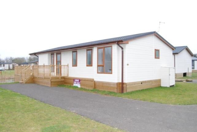 Thumbnail Mobile/park home for sale in Tydd St. Giles, Wisbech, Cambridgeshire