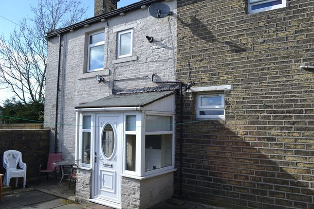 Thumbnail Cottage for sale in Whinney Hill, Queensbury, Bradford