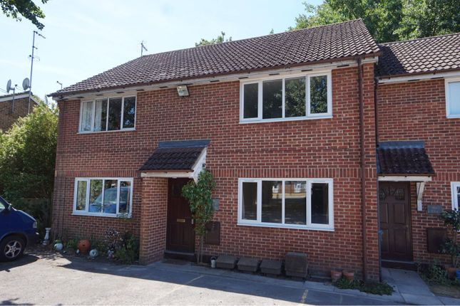 Thumbnail Flat for sale in Cambridge Road, Sandhurst