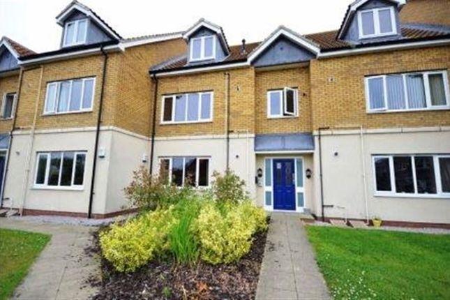 Thumbnail Flat to rent in Clayton Fold, Gilberdyke, Brough