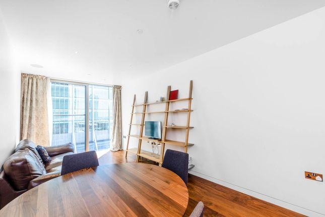 1 bed flat for sale in The Heron, Moorgate, London EC2Y