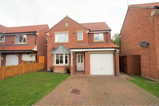 Thumbnail 4 bed detached house for sale in Home Farm Close, Laughterton