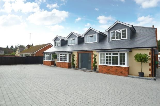Thumbnail Detached house for sale in Reading Road, Finchampstead, Wokingham