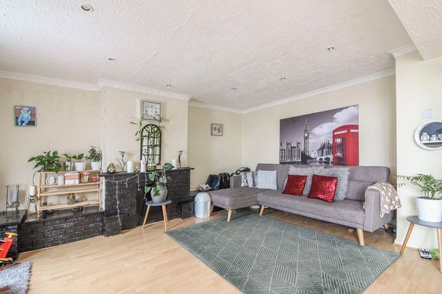Thumbnail Maisonette for sale in Laurel Road, Bassaleg, Newport