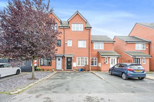 4 bed terraced house to rent in Deerfield Close, St. Helens, Merseyside WA9