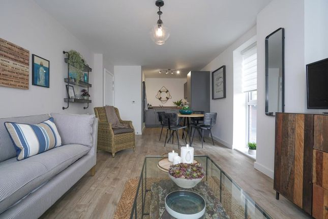 1 bed flat for sale in Centenary Quay, Victoria Road, Southampton SO19