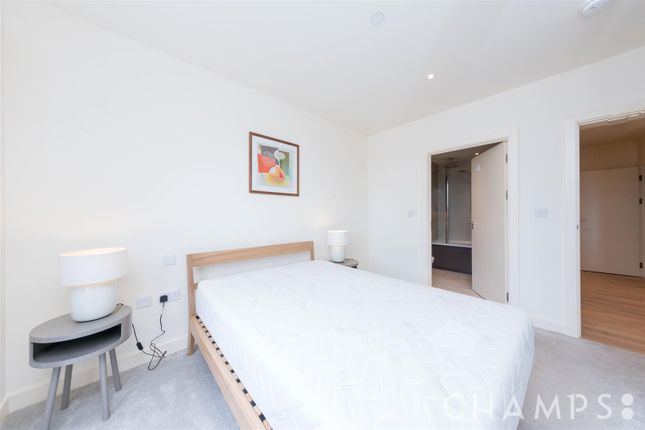 Bedroom 1 of Royal Arsenal Riverside, No 1 Street, London SE18