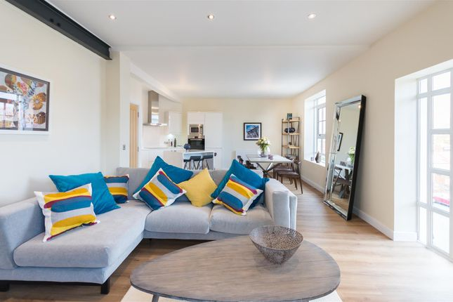 Thumbnail Flat for sale in Christleton Road, Great Boughton, Chester