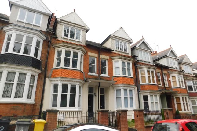 Thumbnail Property to rent in Wentworth Road, Leicester