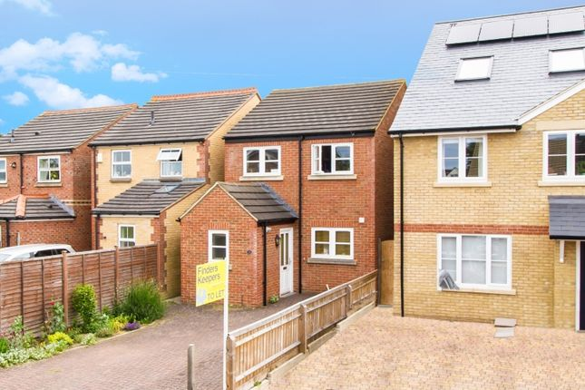 3 bed property to rent in Norton Close, Headington, Oxford