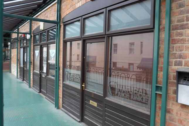 Retail premises to let in Berkeley Mews, Cheltenham