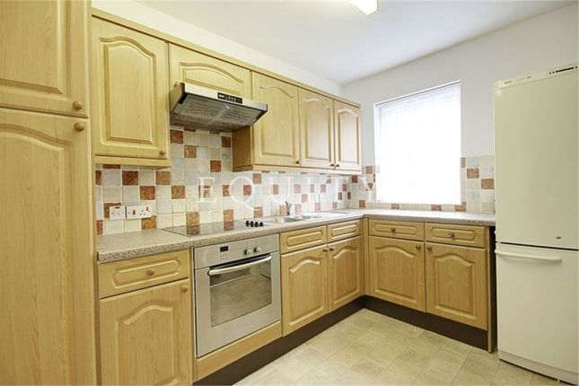 Flat for sale in Pottersfield, Lincoln Road, Enfield