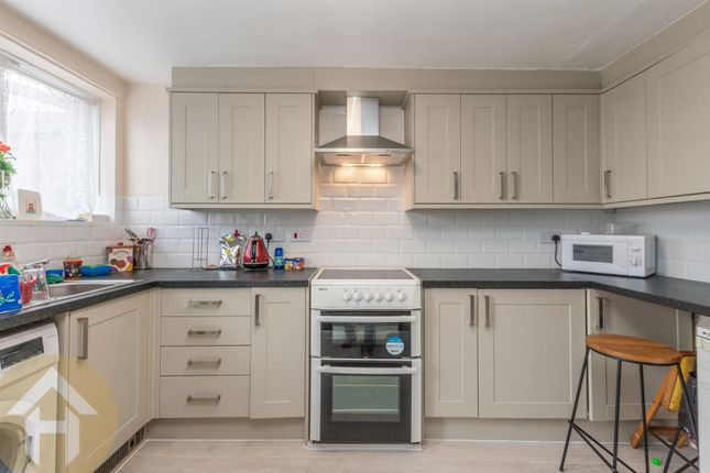 Thumbnail Flat for sale in High Street, Royal Wootton Bassett, Swindon