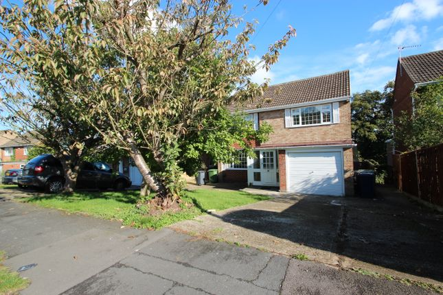 Thumbnail Detached house to rent in Kingsley Crescent, High Wycombe