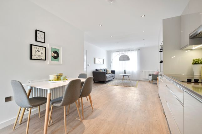 Thumbnail Flat for sale in 13 Blossom House, 5 Reservoir Way, London