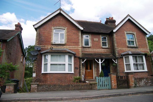 Thumbnail Flat to rent in Kings Road, Haslemere