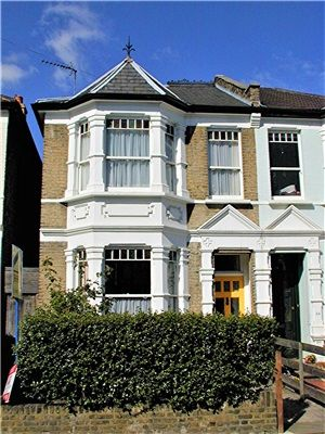Thumbnail Semi-detached house to rent in Crescent Road, Alexandra Park, London