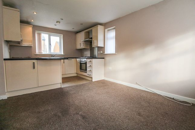 3 bed end terrace house to rent in Chapel Street, Eccleshill, Bradford BD2