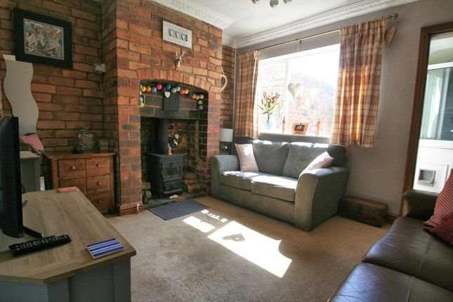 Thumbnail Terraced house for sale in Heath Lane, Stourbridge