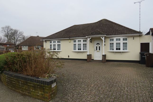 Detached bungalow in  North Riding  Bricket Wood  St. Albans  Watford