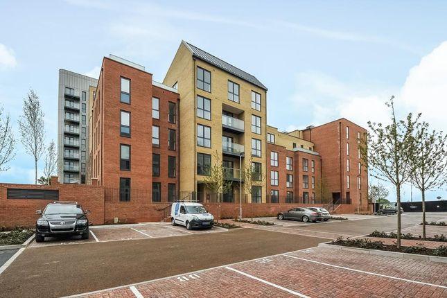 Thumbnail Flat to rent in Edgware HA8,