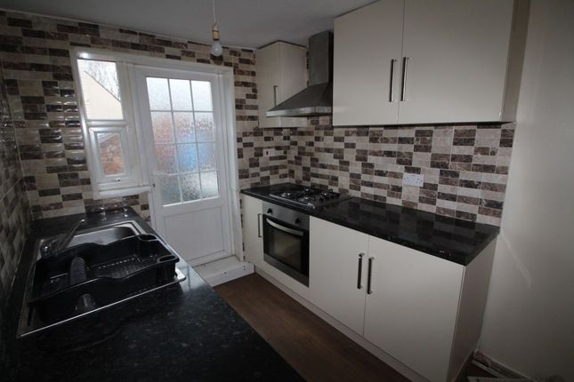 Thumbnail Flat to rent in Redditch Road, Studley