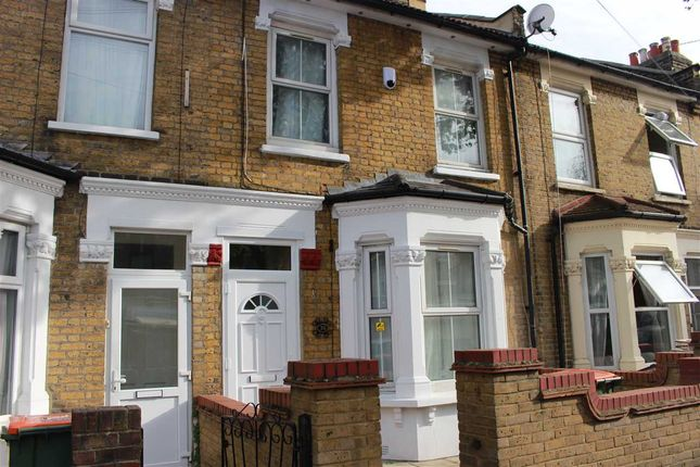 Thumbnail Flat to rent in Birchdale Road, London