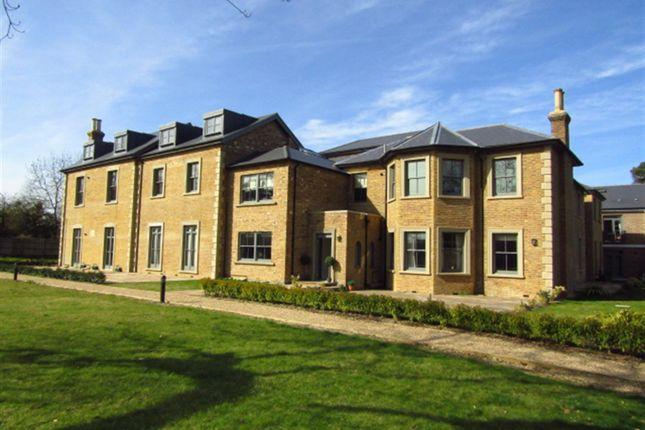 Thumbnail Flat for sale in Crown House, Crown Drive, Farnham Royal, Berkshire