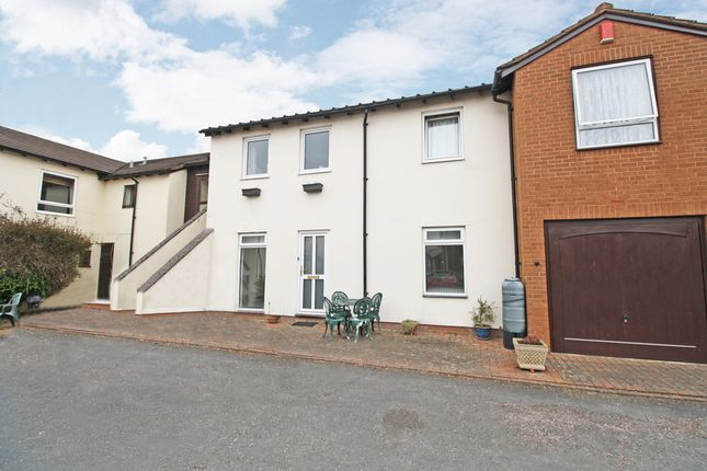 2 bed flat for sale in Pound Close, Topsham, Exeter