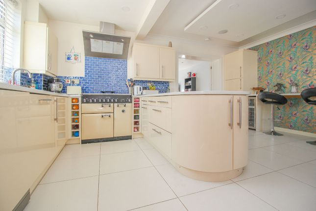 Thumbnail Semi-detached house for sale in Kings Road, Bedford